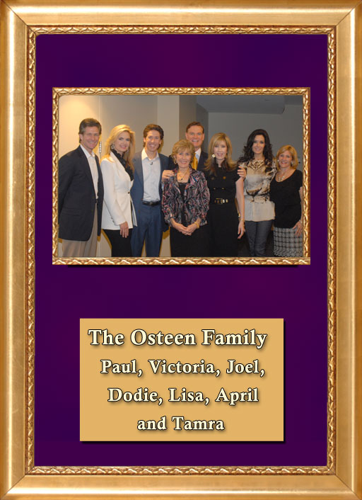 Craig Keeland with The Osteen Family, Paul, Victoria, Joel, Dodie, Lisa, April and Tamra
